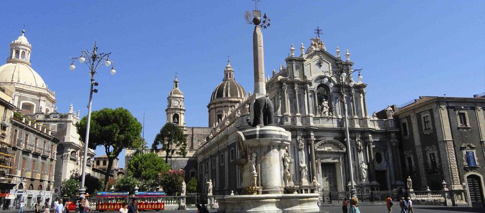 Ofrecemos un servicio de traslado por todas las destinaciones en Sicilia